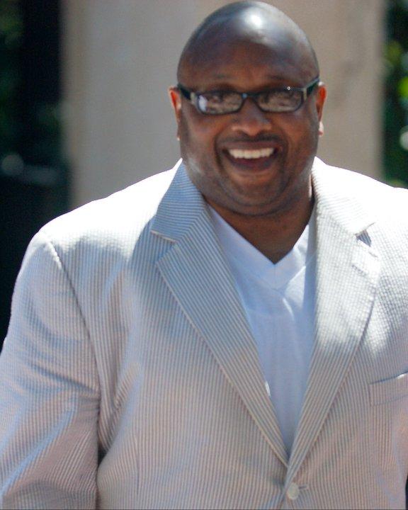 Dr. Derrick L. Wade